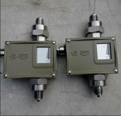 D512/9D双设定值压力控制器